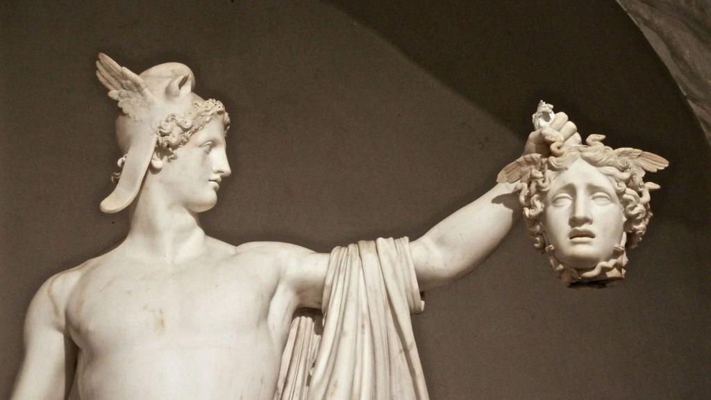 Perseo con la cabeza de Medusa _ En El Vértice